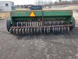 John Deere 8300 end wheel grain drill with seeder