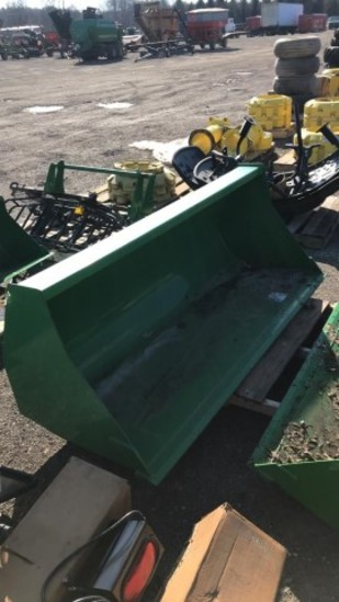 John Deere LOADER BUCKETS