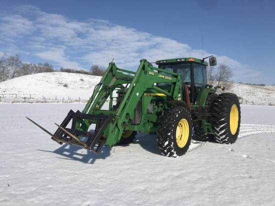 '01 John Deere 8400 Tractor w/ 840 JD Loader