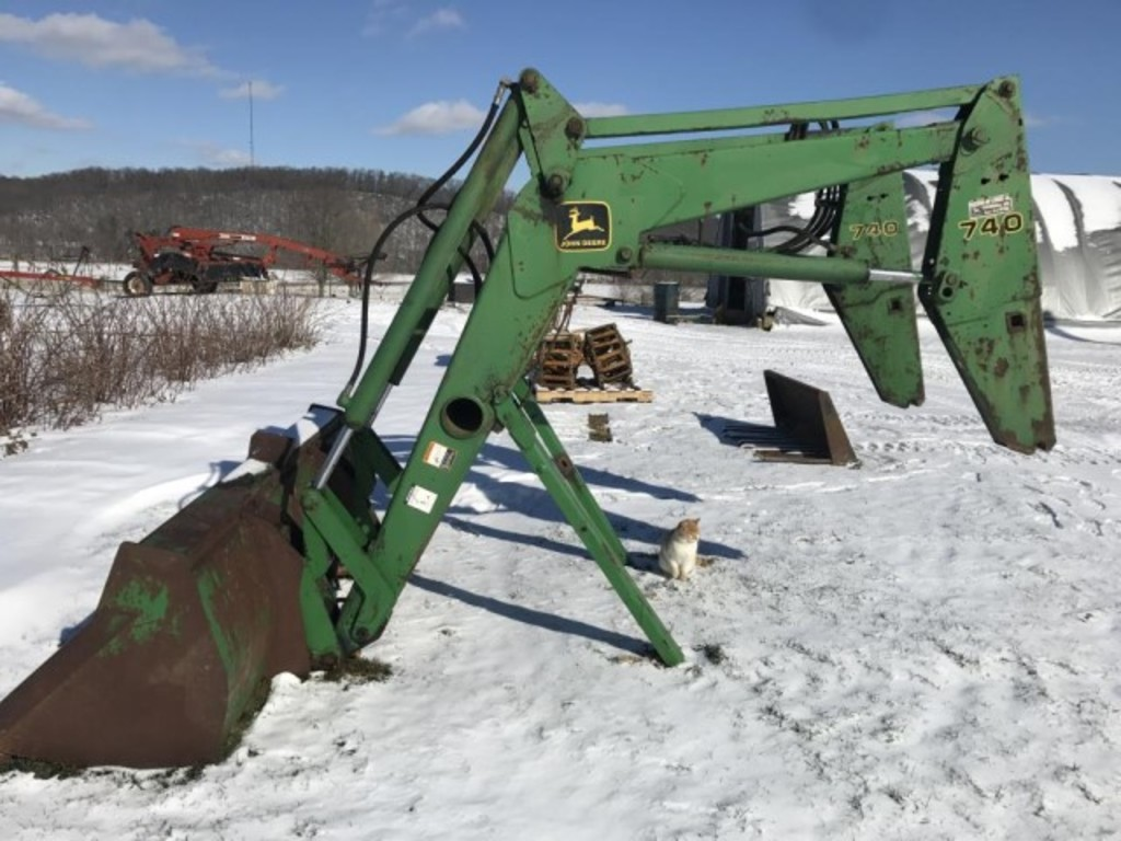 John Deere 740 loader, 96' material bucket
