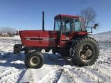1984 IH 5288 Tractor