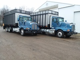2001 KW T-600 truck w/Gruett SW 4900 forage box