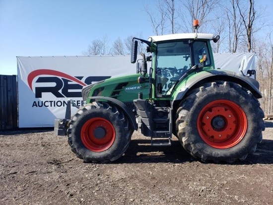 Fendt 835 Vario Tractor