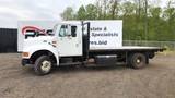 1998 International 4000 16' Flatbed Truck
