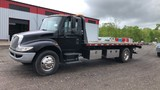 2009 International Flatbed roll back