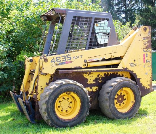 Gehl 4835 SKT skid steer loader manual attach – 9610 hrs.