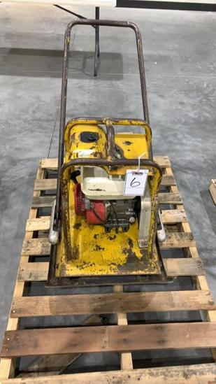 Bomag 3500# plate compactor