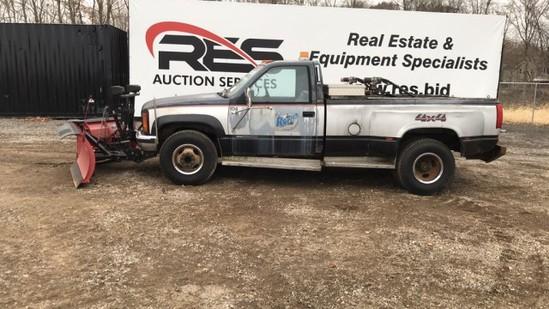 GMC 3500 Pickup Truck