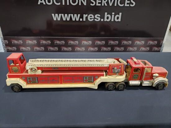 Tonka Hook & Ladder Fire Truck