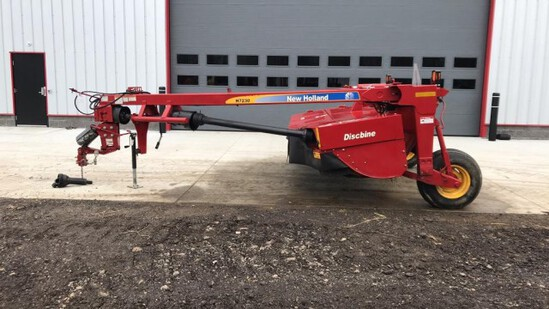 """ABSOLUTE"" 2014 New Holland H7230 Discbine"