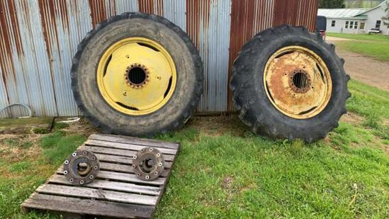 18.4x34 Axle Mount Duals with Hubs