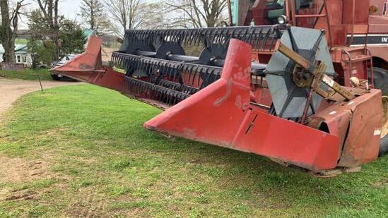 International 820 15' Grain Platform