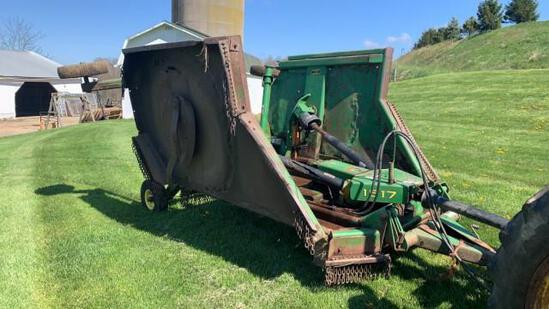"""ABSOLUTE"" John Deere 1517 Batwing Mower"