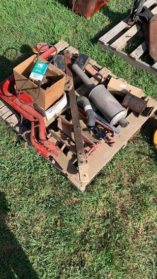 Pallet of misc Farmall parts