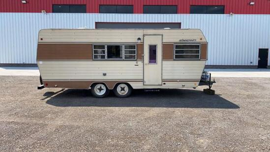 """""""ABSOLUTE"""" 1972 Starcraft 22' Pull Behind Camper"""