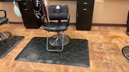 Salon Chair and Mat