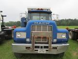 Mack dumptruck