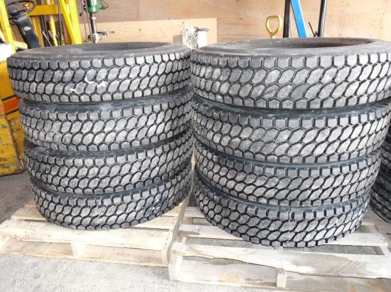 11R-22.5 Grip Recap Tires