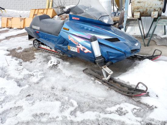 1996 Yamaha V-Max 500 Snowmobile