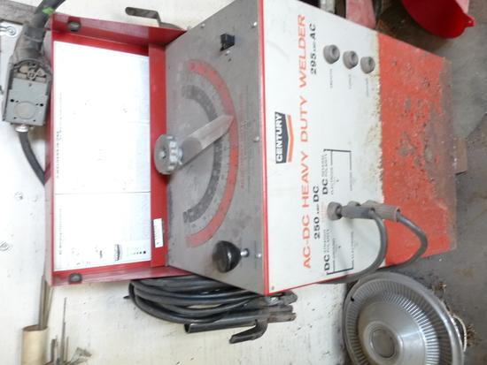 Century 250 Amp Welder