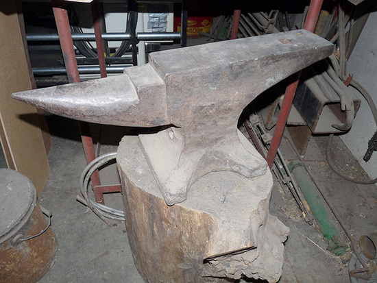 120 lb Anvil
