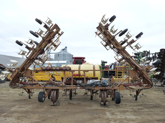 "H & S 36 Row 22"" Band Sprayer"