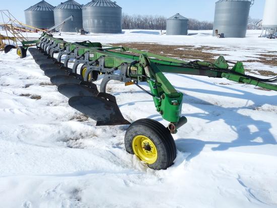 John Deere 3710 10 Bottom Variable Width Plow