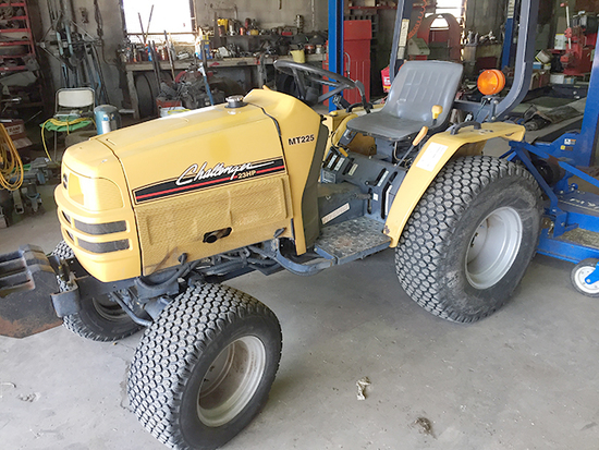 Challenger MT 225 Hydro Utility Tractor