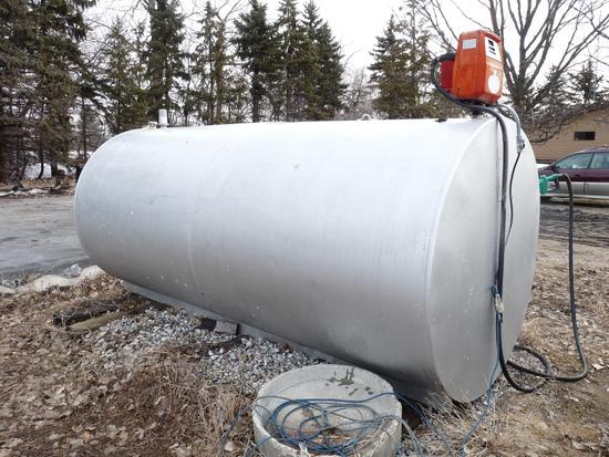 2000 Gallon Fuel Tank with Gas Boy Pump