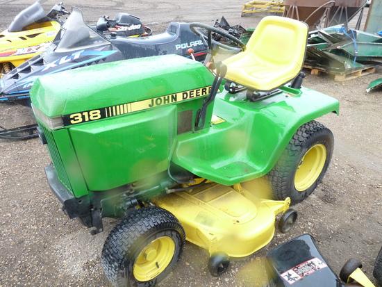 JD 318 Hydro Mower
