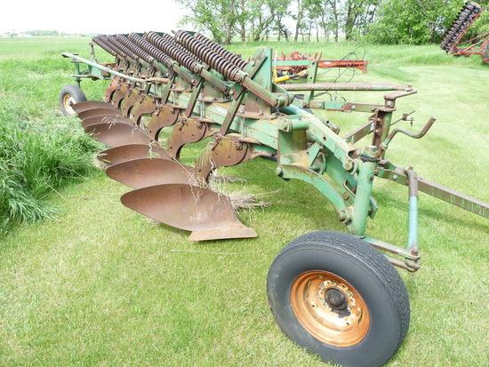 Oliver 7 Bottom Spring Reset Trailing Plow