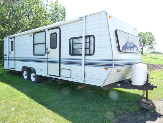 Nomad 30' Camper with 20' Awning