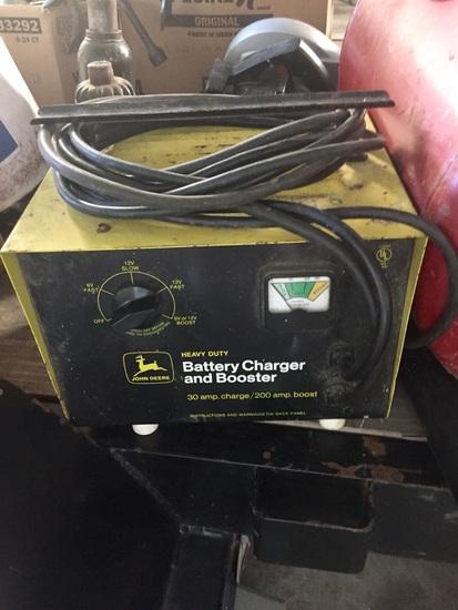 John Deere Heavy Duty Battery Charger