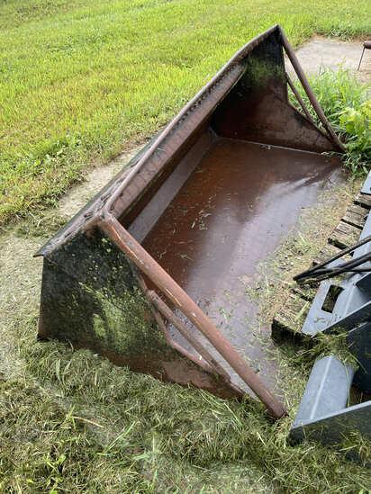 Material Bucket for Bobcat Skidsteer