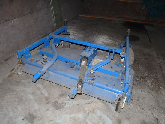 New Holland 5' Mower Deck off of MC28 Front Deck Mower