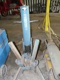 Air/Hydraulic Bumper Jack
