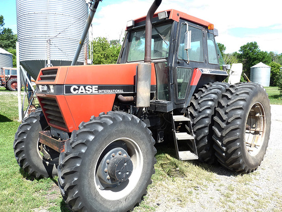 Case-IH 2294 MFWD Tractor