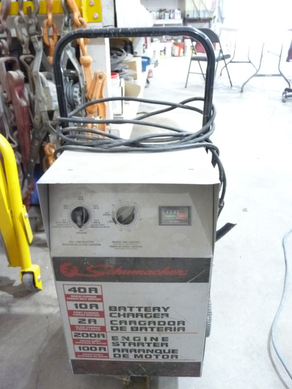 Battery Charger/Booster
