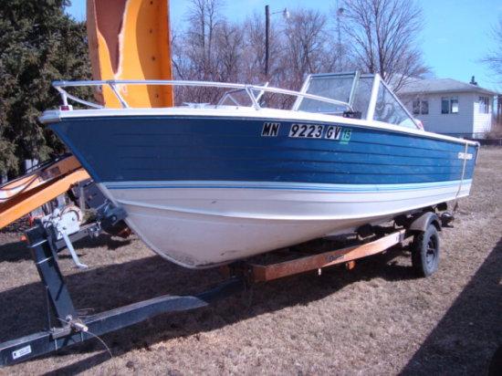 '79 Crestliner 18 ft Aluminum Boat