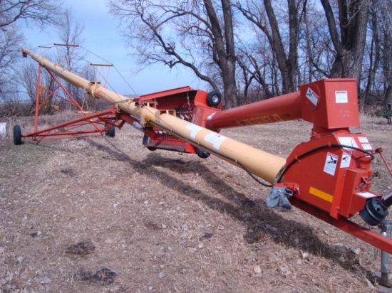 Westfield MK 10-71' Mech. Swing Out Auger