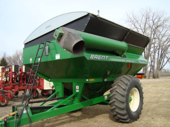 '07 Brent 620 700 Bushel Grain Cart