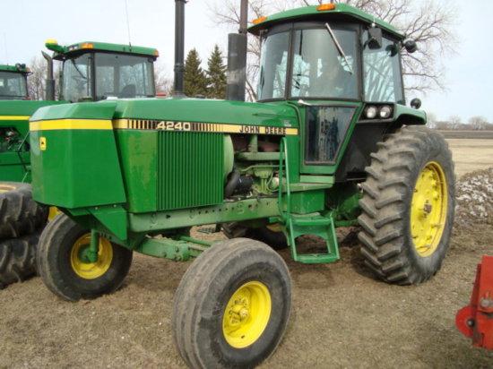 '81 John Deere 4240 Tractor