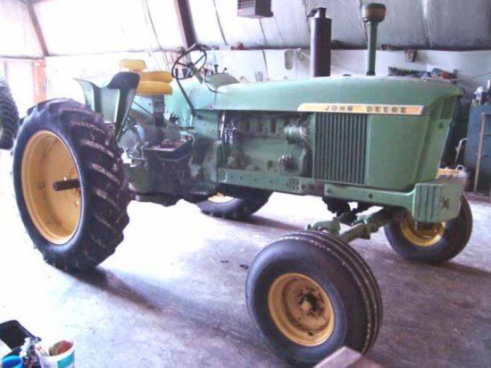 JD 4020 Gas Tractor