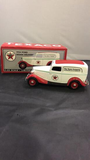 1934 Texaco Ford Sedan Delivery Die-Cast Replica,