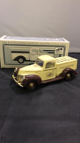 1940 Ford Pickup with Tonneau Cover Die-Cast Bank.