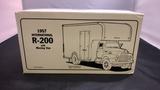 1957 International R-200 with Moving Van Die-Cast