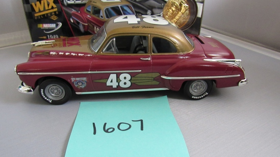 1949 Oldsmobile Rocket 88, Die-Cast Replica.