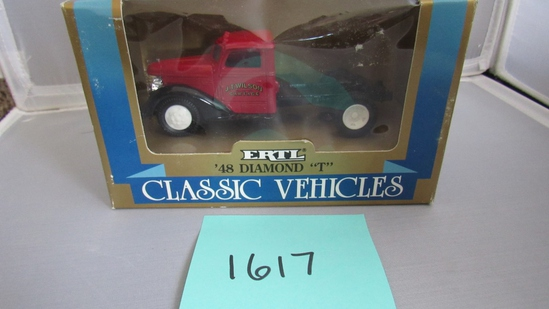 1948 Diamond T Classic Vehiches, Die-Cast Replica.