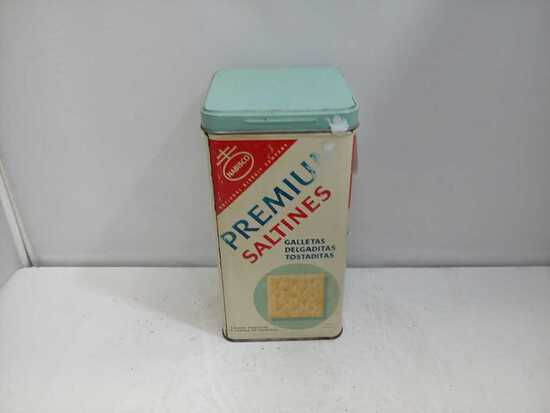 1940s Nabisco Premium Saltines Metal Tin