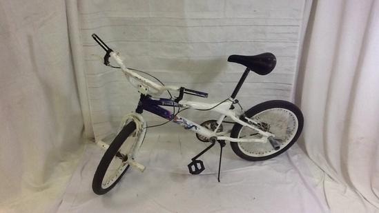 Kent Bicycle-White